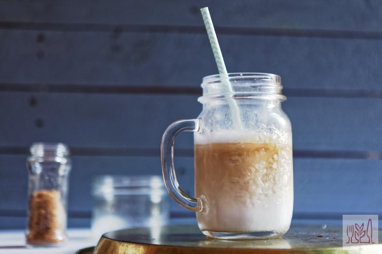 Mrożona kawa na mleku roślinnym